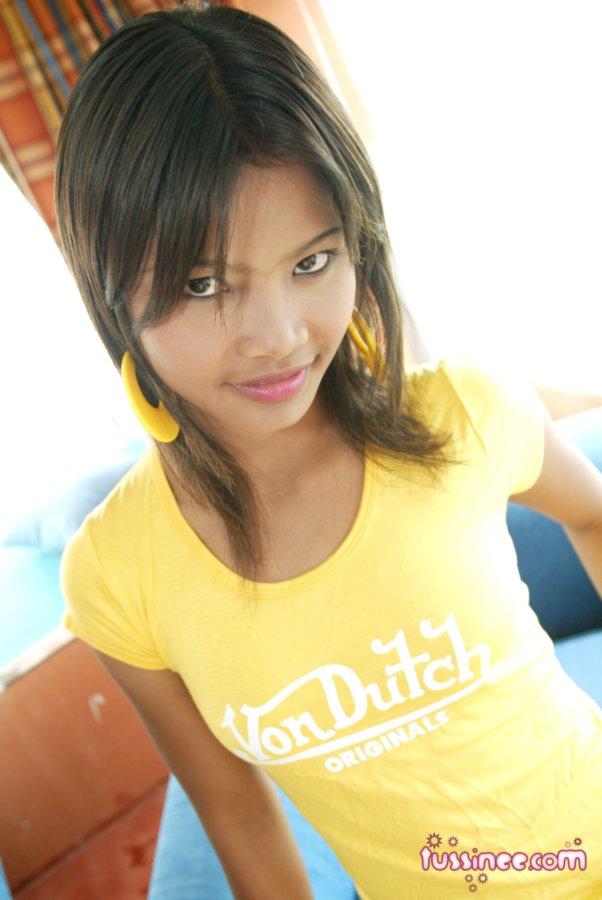 Real ghetto black teen girl